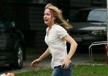 -The-Walking-Dead-Torn-Apart-Webisode-Photos-the-walking-dead-25791425-595-419