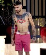 Zayn-Malik-Gigi-Hadid-Eyes-Tattoo-On-Chest