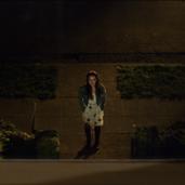 S02E01-Premier polaroid-022-Hallucination-Hannah