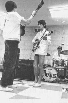1964-02-14 Beatles rehearsals Miami.jpg