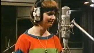 Sheena_Easton_Recording_'Modern_Girl'_1980