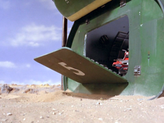 MAR-Pod-flap-closing-a