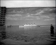 Titanic model in tank