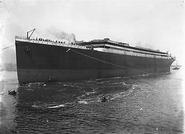 Titanic launch 3