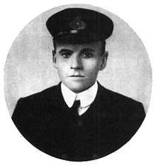 Charles Herbert Lightoller.png