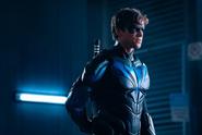 Nightwing promotional still 14