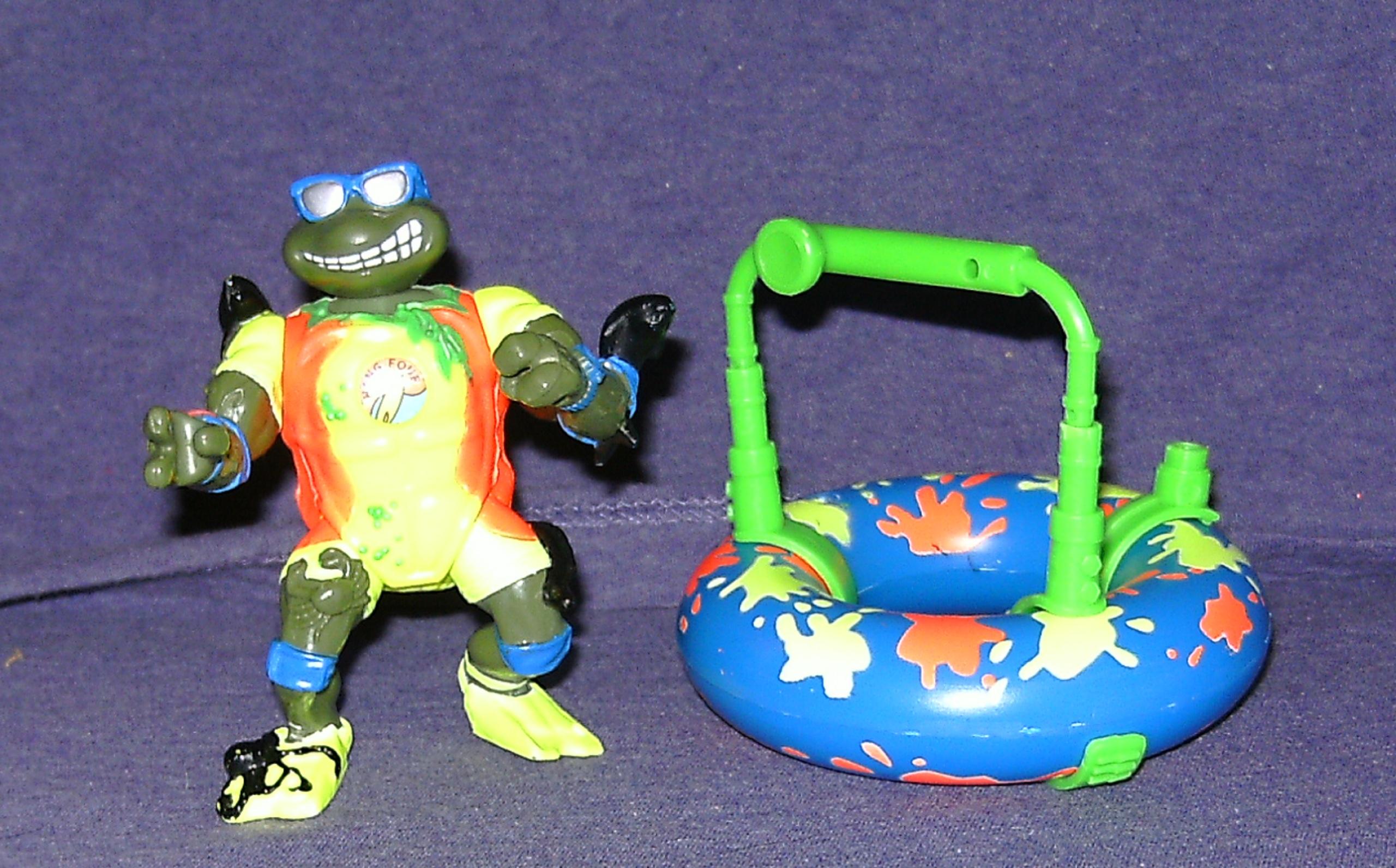 Surfin' Leo with Mondo Mutant Surfer Tube (1994 toy)