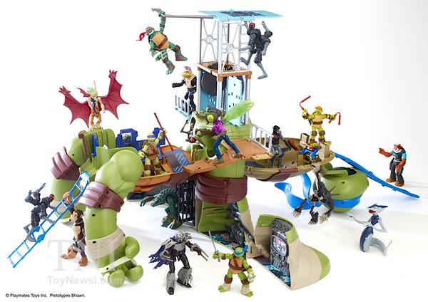 """24"""" Leonardo Turtle to Playset (2015 toy)"""