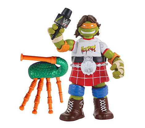 """Michelangelo as """"Rowdy"""" Roddy Piper (2017 action figure)"""