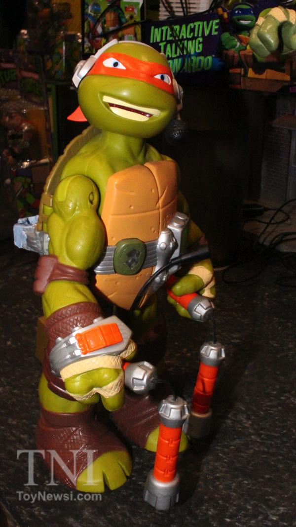 Interactive Talking Michelangelo (2014 action figure)