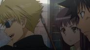 Touma, Itsuwa and Tsuchimikado in an alley