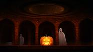 Lobby-halloween-1080