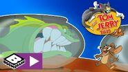 Piranha is inside that fish bowl