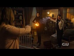 Abby-Abigael Argues With Her Sister Waverly - Charmed - 3x16 Season 3 Episode 16 (HD)-2