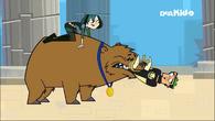 The boar bear's got me!
