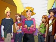 S03E15 Martin and Diana cameo appearance