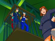 Totally.Spies.S02E07.Spies.cage-2