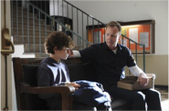 Martin-keifer-sutherland-and-jake-make-a-mathematical-connection-in-the-special-advance-pilot-of-touch