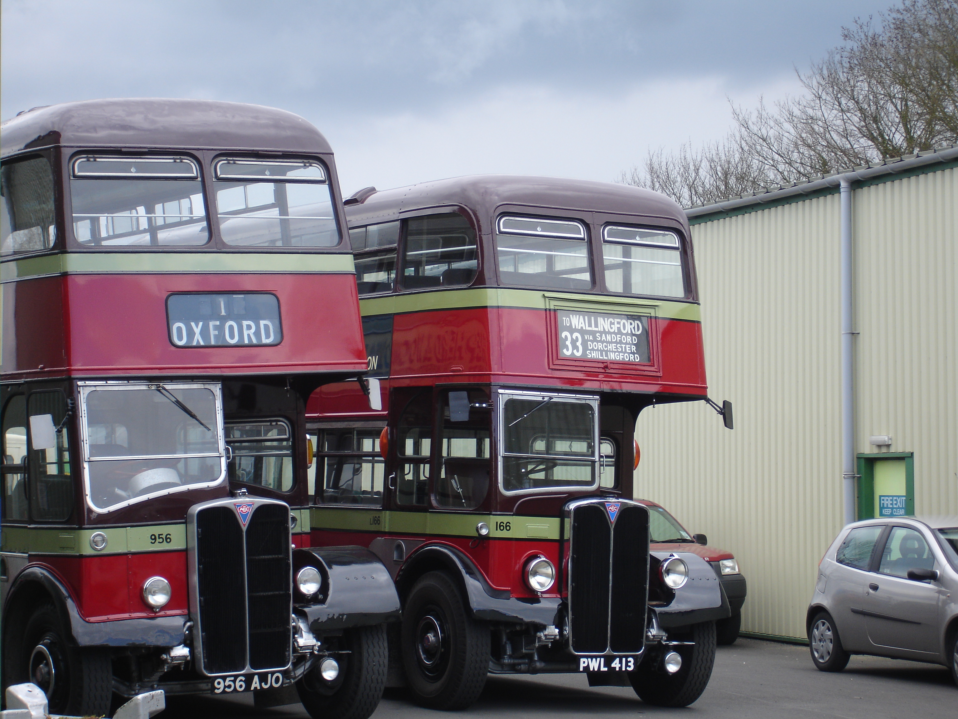 City of Oxford Motor Services AEC Regent III RTs at the Oxford Bus Museum.jpg