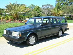 1990 US/Canada-market 245 wagon