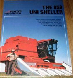 New Idea (AVCO) 858 Uni Sheller brochure.jpg