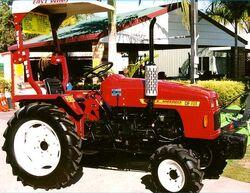 East Wind DF254 MFWD (red) - 2002.jpg