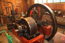 Crossley engine at Klondyke mill 09 - IMG 4924.jpg