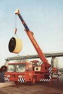 A 1980s ALLEN-GROVE TMS160 6X6 Cranetuck Diesel