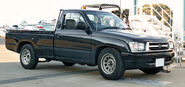 Toyota Hilux N140 003