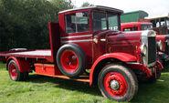 A 1930s LEYLAND Badger Farmtruck