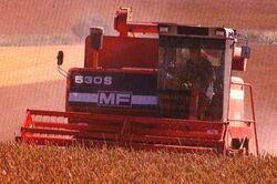 MF 530S combine.jpg