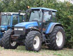 New Holland TM130 - Maldon Essex 11 - IMG 4993-crop.jpg