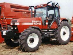Steyr 9220 MFWD - 1997.jpg
