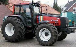 Valmet 8150 Mega MFWD (red w stripes).jpg
