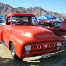 1954 Ford F-100 Red.jpg