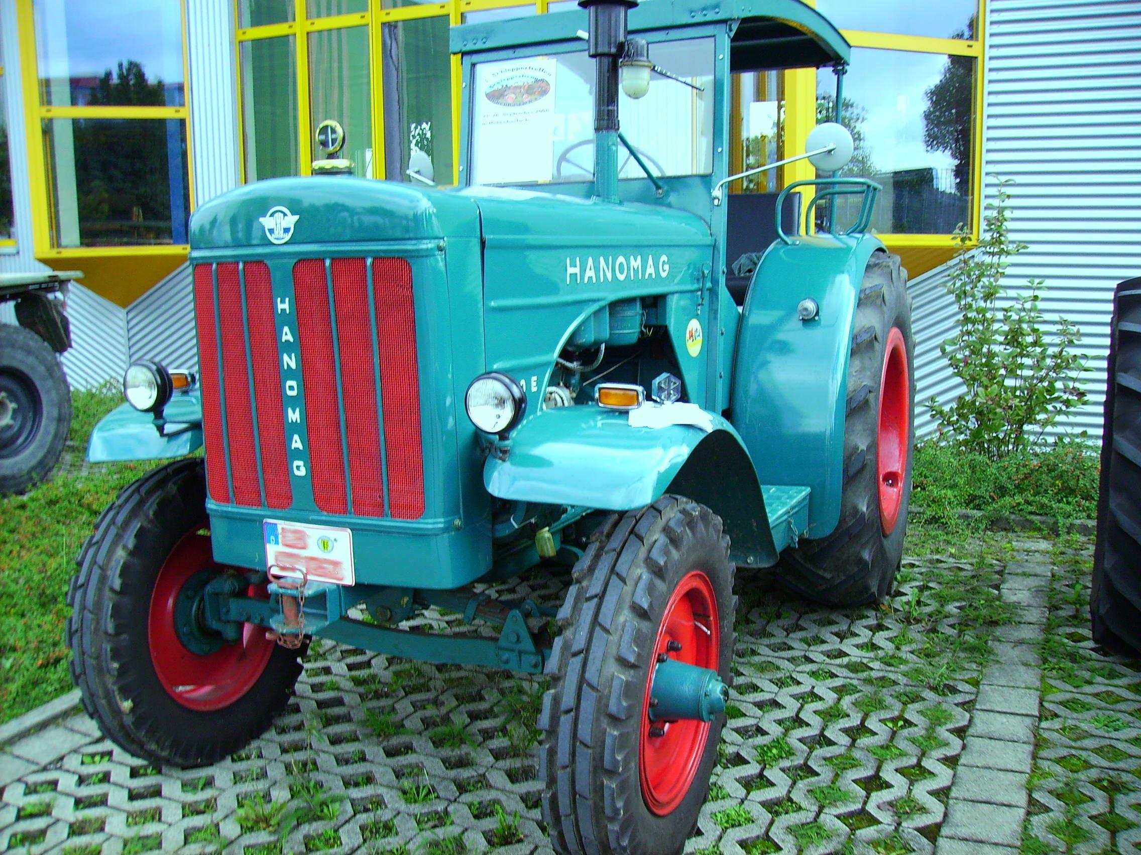 Hanomag R450 E