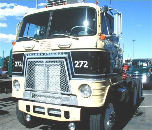 International Unistar CO-7044A
