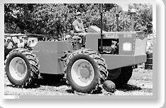 Versatile G100 b&w - 1966.jpg