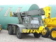 1980s COLES Hydra Jumbo Armycrane