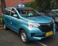 2017 Toyota Avanza Transmover - Bluebird Taxi (front right), Kelapa Gading, North Jakarta (cropped)