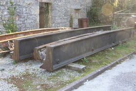 William West & Sons cast beams at Wheal Martyn museum - IMG 0201