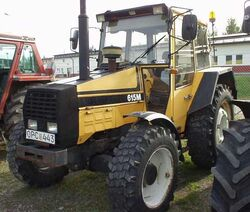 Valmet 615M MFWD (yellow) - 1989.jpg