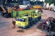 A 1990s ALLEN-GROVE Cranetruck H4084