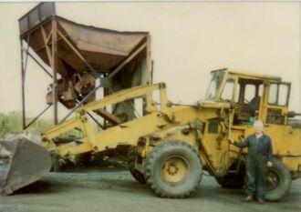 F.E. Weatherill 42HD Wheeled Loading Shovel & Jack Morrell Yard Foreman.jpeg