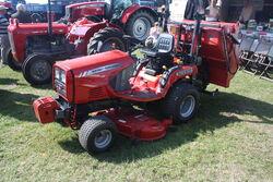 Massey Ferguson GC2300 mower at Riverside 09 - IMG 7486.jpg
