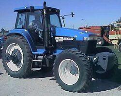 Ford NH 8870 MFWD - 1996.jpg