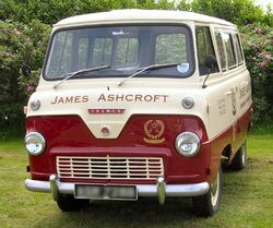Ford Thames 400E minibus 1964.jpg