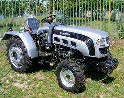 Europard 254 MFWD (silver) - 2007.jpg