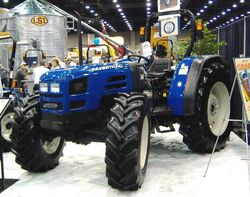Farmtrac 795 DTC MFWD-2006.jpg