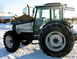 Valmet 865 MFWD (white) - 1997.jpg